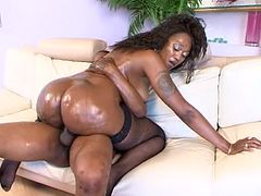 Ms. Cleo Vs. Charlie Mac (Big Phat Black Wet Butts 15)