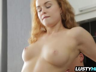 Young girls naked hd